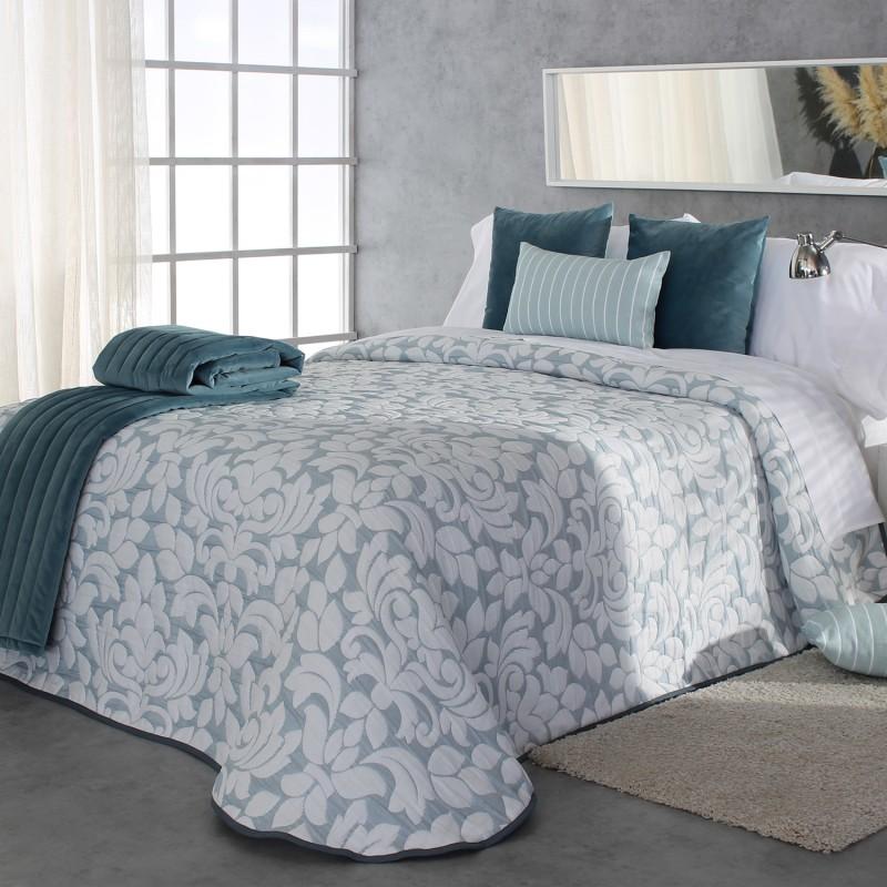 Bedspread October C04 250x270 cm